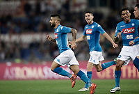 Calcio, Serie A: Roma, stadio Olimpico, 14 ottobre 2017.<br /> Napoli's Lorenzo Insigne (l) celebrates with his teammates after scoring during the Italian Serie A football match between Roma and Napoli at Rome's Olympic stadium, October14, 2017.<br /> UPDATE IMAGES PRESS/Isabella Bonotto