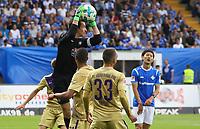 Torwart Martin Männel (Erzgebirge Aue) haelt - 13.05.2018: SV Darmstadt 98 vs. FC Erzgebirge Aue, Stadion am Boellenfalltor, 34. Spieltag 2. Bundesliga