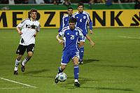 Oshri Roash (ISR) klaert<br /> U21 Deutschland vs. Israel *** Local Caption *** Foto ist honorarpflichtig! zzgl. gesetzl. MwSt. Auf Anfrage in hoeherer Qualitaet/Aufloesung. Belegexemplar an: Marc Schueler, Alte Weinstrasse 1, 61352 Bad Homburg, Tel. +49 (0) 151 11 65 49 88, www.gameday-mediaservices.de. Email: marc.schueler@gameday-mediaservices.de, Bankverbindung: Volksbank Bergstrasse, Kto.: 151297, BLZ: 50960101
