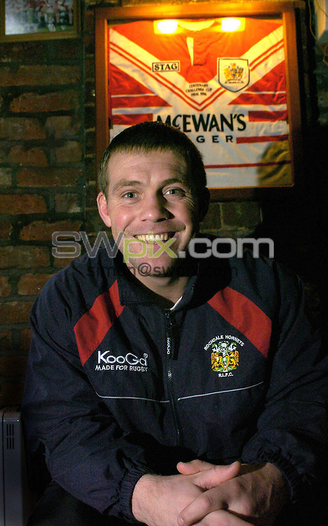 FILE PIC......Pix: Ben Duffy/SWpix.com.....Rugby League- Bobby Goulding.......30/01/2004..New Rochdale Hornets coach, Bobby Goulding, pictured at his Widnes home,  under the jersey he wore for St Helens in the 1996 Challenge Cup final at Wembley..?COPYRIGHT PICTURE>>SIMON WILKINSON>>08700920092>>.