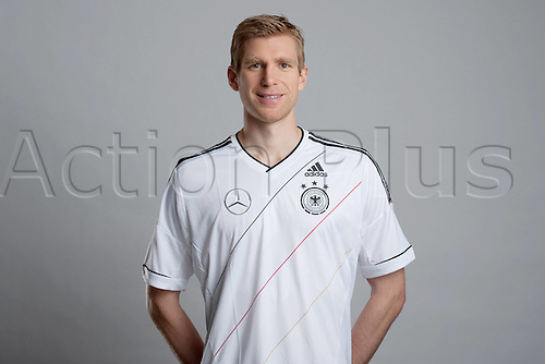 14 11 2011 Official  Photo call for the German national team that will go to the 2012mEuros Championships.  14 11 2011 Per Mertesacker  . Players and management wearing their newly designed uniforms and clothing.