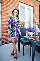 Claire Ross-Brown (født 11. november 1972 i Chelsea, London, England) er en engelsk-dansk skuespiller, model og sanger. Hun er muligvis bedst kendt for sin rolle som sekretæren Claire i sitcomserien Klovn. Hun er gift med Morten Benn og bor på Fortunvej i Charlottenlund. Har arbejdet med kommunikation og finans i forskellige store virksomheder som Novo Nordisk og Mærsk. Er i øjeblikket CEO i Cashworks AG. Foto: Jens Panduro