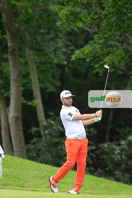 Andy SULLIVAN (ENG) during round 2 of the 2015 BMW PGA Championship over the West Course at Wentworth, Virgina Water, London. 22/05/2015<br /> Picture Fran Caffrey, www.golffile.ie: