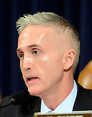 United States Representative Trey Gowdy (Republican of South Carolina), Chairman, US House Select Committee on Benghazi questions former US Secretary of State Hillary Rodham Clinton, a candidate for the 2016 Democratic Party nomination for President of the United States, as she testifies before the committee on Capitol Hill in Washington, DC on Thursday, October 22, 2015.<br /> Credit: Ron Sachs / CNP<br /> (RESTRICTION: NO New York or New Jersey Newspapers or newspapers within a 75 mile radius of New York City)