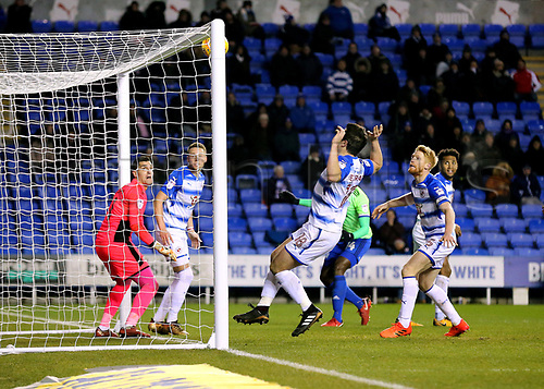 11th December 2017, Madejski Stadium, Reading, England; EFL Championship football, Reading versus Cardiff City; Souleymane Bamba of Cardiff City sees his header hit the bar