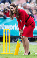 Kate, Duchess of Cambridge & Prince William play cricket in Christchurch - New Zealand