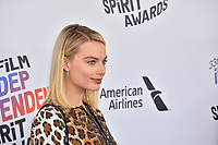 Margot Robbie at the 2018 Film Independent Spirit Awards on the beach in Santa Monica, USA 03 March 2018<br /> Picture: Paul Smith/Featureflash/SilverHub 0208 004 5359 sales@silverhubmedia.com
