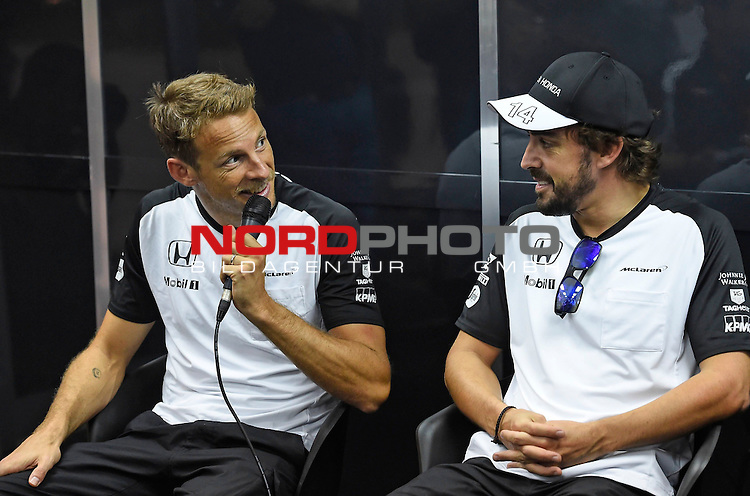 28.03.2011, Sepang-International-Circuit, Malaysia, MAL , Gro&szlig;er Preis von Malaysia / Kuala Lumpur, Training im Bild<br />  Jenson Button (GBR),  McLaren F1 Team  - Fernando Alonso (ESP),  McLaren F1 Team<br /> for the complete Middle East, Austria &amp; Germany Media usage only!<br />  Foto &copy; nph / Mathis