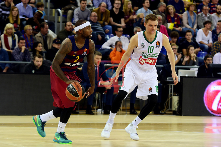 Turkish Airlines Euroleague 2016/2017.<br /> Regular Season - Round 6.<br /> FC Barcelona Lassa vs Zalgiris Kaunas: 92-86.<br /> Tyrese Rice vs Renaldas Seibutis.