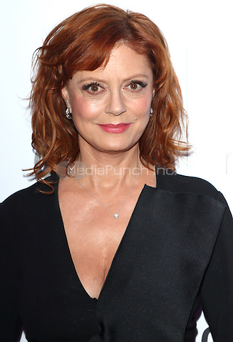 Susan Sarandon at The Glamour Awards 2016 at Berkeley Square Gardens London on June 7th 2016<br /> CAP/ROS<br /> &copy;Steve Ross/Capital Pictures /MediaPunch ***NORTH AND SOUTH AMERICAS ONLY***