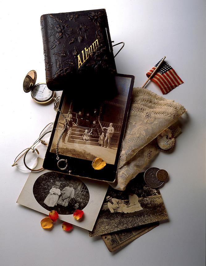 Collection of vintage memorabilia.