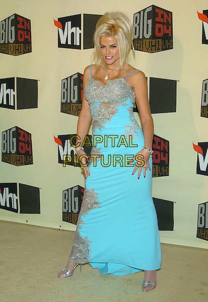 ANNA NICOLE SMITH.VH1 Big in '04 held at the Shrine Auditorium, Los Angeles, California, 01 December 2004..full length blue turquoise dress silver.**UK SALES ONLY**.Ref: ADM.www.capitalpictures.com.sales@capitalpictures.com.©V.Summers/AdMedia/Capital Pictures .