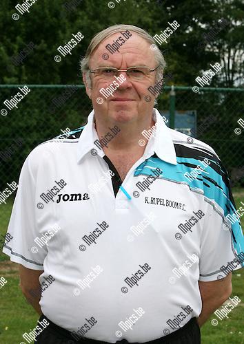 2010-07-21 / Seizoen 2010-2011 / Voetbal / K. Rupel Boom / Luc Van Reeth..Foto: mpics