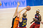 FC Barcelona Lassa's Brad Oleson Montakit Fuenlabrada's Ludde Hakanson during the match of Endesa ACB League between Fuenlabrada Montakit and FC Barcelona Lassa at Fernando Martin Stadium in fuelnabrada,  Madrid, Spain. October 30, 2016. (ALTERPHOTOS/Rodrigo Jimenez)