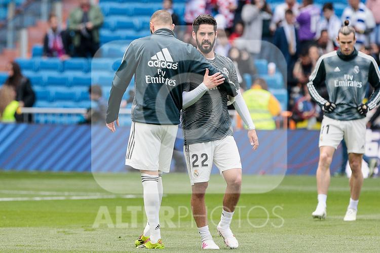Real Madrid's Karim Benzema (L) and Francisco Alarcon 'Isco' (R) during La Liga match between Real Madrid and SD Eibar at Santiago Bernabeu Stadium in Madrid, Spain.April 06, 2019. (ALTERPHOTOS/A. Perez Meca)