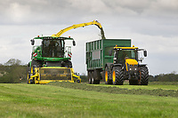 11.5.2020  Contractors making silage in the Vale of Belvior in Lincolnshire <br /> ©Tim Scrivener Photographer 07850 303986<br />      ....Covering Agriculture In The UK....