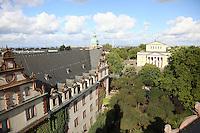 Blick auf das Residenzschloss und über Darmstadt