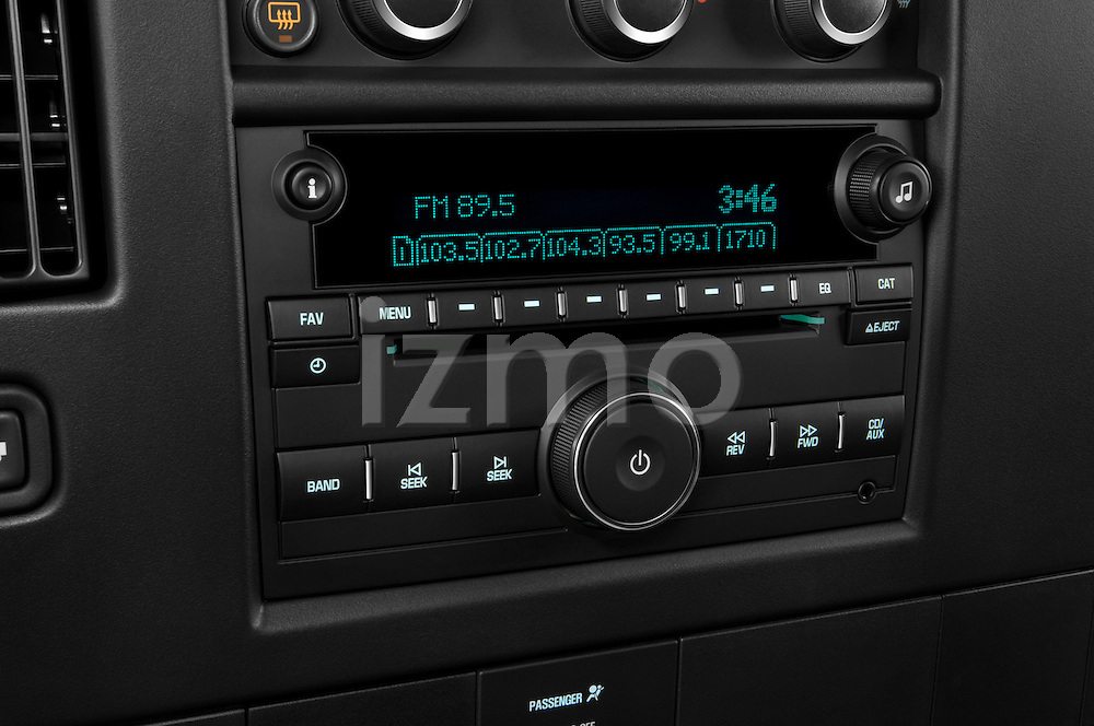 Stereo audio system close up detail view of a 2008 chevrolet express 3500 passenger van