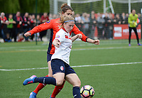 20170514 - LILLE , FRANCE : LOSC's Jana Coryn pictured in action in front of La Roche's Pauline Dhayer (left) during the 21 st competition game between the women teams of Lille OSC and La Roche Sur Yon in the 2016-2017 season of the Second Division A D2F A at stade Lille Metropole , Saturday 14th May 2017 ,  PHOTO Joke Vuylsteke | Sportpix.Be