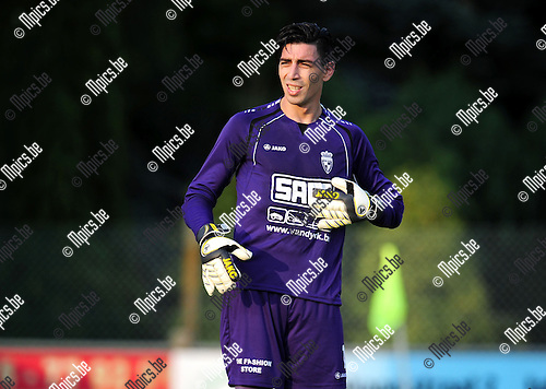 2014-07-22 / Voetbal / seizoen 2014-2015 / KFC Houtvenne / Tanju Burhan<br /><br />Foto: mpics.be