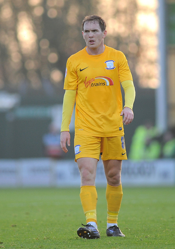 Preston North End's Neil Kilkenny in action during todays match  <br /> <br /> Photographer Kevin Barnes/CameraSport<br /> <br /> Football - The Football League Sky Bet League One - Yeovil Town v Preston North End - Saturday 29th November 2014 - Huish Park - Yeovil<br /> <br /> &copy; CameraSport - 43 Linden Ave. Countesthorpe. Leicester. England. LE8 5PG - Tel: +44 (0) 116 277 4147 - admin@camerasport.com - www.camerasport.com