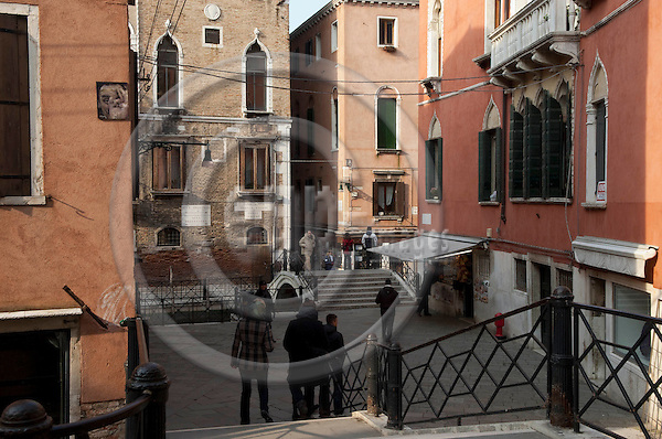 San Marco-Venice-Italy - January 26, 2011 -- Street scenery at Ponte Zaguri -- infrastructure -- Photo: Horst Wagner / eup-images