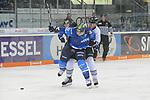 Ville Koistinen (Nr.10, ERC Ingolstadt), Leonhard Pfoederl (Nr.93, Thomas Sabo Ice Tigers) beim Spiel in der DEL, ERC Ingolstadt (blau) - Nuernberg Ice Tigers (weiss).<br /> <br /> Foto &copy; PIX-Sportfotos *** Foto ist honorarpflichtig! *** Auf Anfrage in hoeherer Qualitaet/Aufloesung. Belegexemplar erbeten. Veroeffentlichung ausschliesslich fuer journalistisch-publizistische Zwecke. For editorial use only.