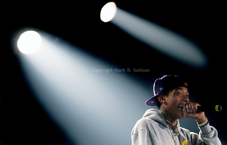 WIZ KHALIFA<br /> STARLAND BALLROOM<br /> FRI NOV 19 ,2010<br /> <br /> PHOTO: MARK R. SULLIVAN/CHIEF PHOTOGRAPHER