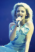 1994: KYLIE MINOGUE - Live in London