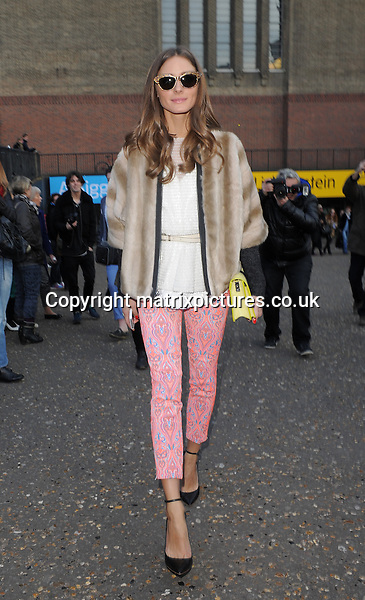 NON EXCLUSIVE PICTURE: MATRIXPICTURES.CO.UK.PLEASE CREDIT ALL USES..WORLD RIGHTS..American socialite Olivia Palermo is pictured leaving a catwalk show during day 3 of London Fashion Week, at London's Tate Modern...FEBRUARY 17th 2013..REF: LTN 131155
