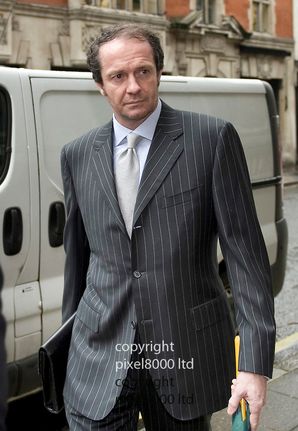 Scot (Scott) Young arrives at the High Court today Friday 13.11.09 for his &pound;400m divorce case against ex wife Michelle.<br /> <br /> <br /> <br /> Picture by Gavin Rodgers/ Pixel 07917221968