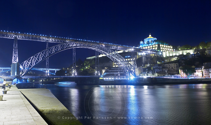 Dom Luis I bridge seen from Cais da Ribeira Na Sra da serra do pilar monastery vila nova de gaia porto porto portugal