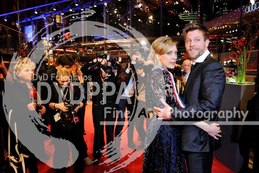 Marisa Leoni Bach und Ken Duken bei der Eröffnungsfeier der Berlinale 2015 / 65. Internationale Filmfestspiele Berlin, 05.02.2015