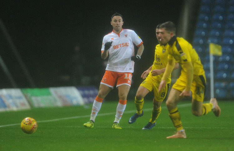 Blackpool's John O'Sullivan plays the ball through<br /> <br /> Photographer Kevin Barnes/CameraSport<br /> <br /> The EFL Sky Bet League One - Oxford United v Blackpool - Saturday 15th December 2018 - Kassam Stadium - Oxford<br /> <br /> World Copyright © 2018 CameraSport. All rights reserved. 43 Linden Ave. Countesthorpe. Leicester. England. LE8 5PG - Tel: +44 (0) 116 277 4147 - admin@camerasport.com - www.camerasport.com