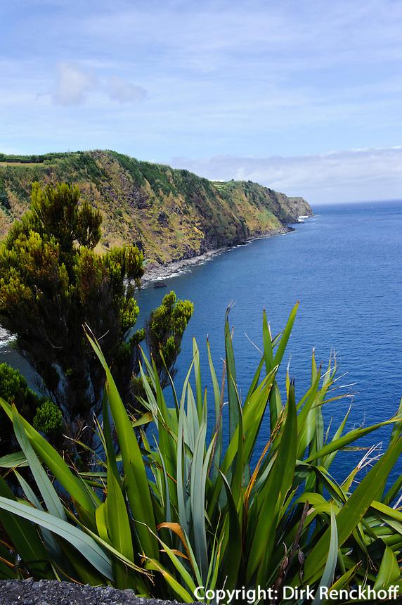 Ostküste der Insel Sao Miguel, Azoren, Portugal