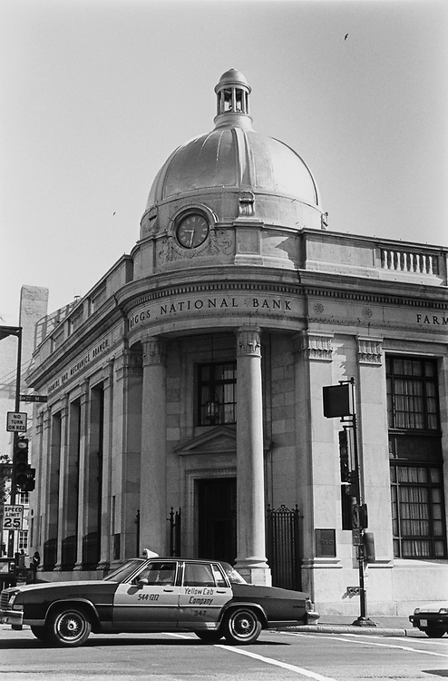 Riggs Bank, M Street, Wisconsin Avenue North West, Washington, D.C., on May 4, 1992. (Photo by Laura Patterson/CQ Roll Call via Getty Images)