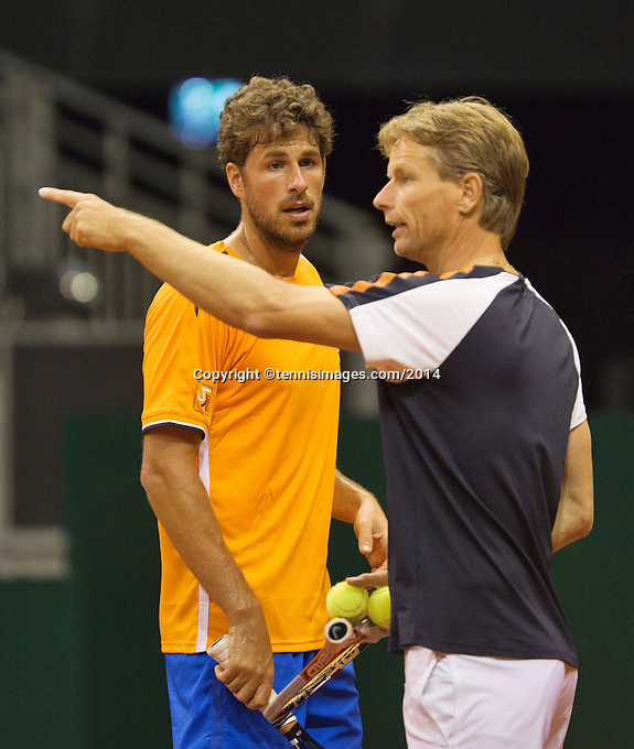 September 08, 2014,Netherlands, Amsterdam, Ziggo Dome, Davis Cup Netherlands-Croatia, Training Dutch  Team, Robin Haase right captain Jan Siemerink<br /> Photo: Tennisimages/Henk Koster