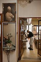 Europe/France/Rhone-Alpes/07/Ardéche/Lamastre:  Bernard  Perrier  en cuisine -  Hôtel du Midi/Barattéro