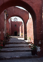 Amérique/Amérique du Sud/Pérou/Arequipa : Rue Malaga - Ruelle