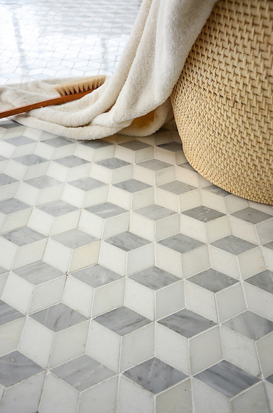 Euclid, a stone Ready to Ship pattern, shown in Paperwhite, Carrara, Thassos polished.