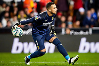 30th November 2019; Mestalla, Valencia, Spain; La Liga Football,Valencia versus Villareal; Goalkeeper Sergio Asenjo of Villarreal CF passes the ball out to his defenders - Editorial Use