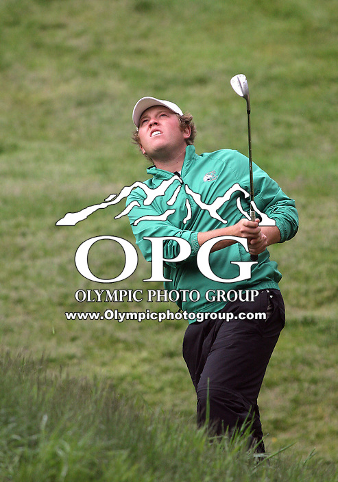 21 May, 2010:   Eastern Michigan's Marty Jeppesen chips the ball on the green on the12th hole during day two of the NCAA West Regional First Round at Gold Mountain Golf Course in Bremerton, Washington.