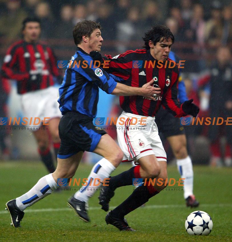 Milano 21/2/2004<br /> Milan Inter 3-2<br /> Kaka (Milan) challenged by Thomas Helveg (Inter)<br /> Foto Andrea Staccioli Insidefoto