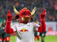 BULLI, Maskottchen of  RB Leipzig,   <br /> RB LEIPZIG - FC BAYERN MUENCHEN  2-1<br /> Football 1. Bundesliga , Leipzig,18.03.2018, 27. match day,  2017/2018, , Red Bull, Bullen, <br />  *** Local Caption *** © pixathlon