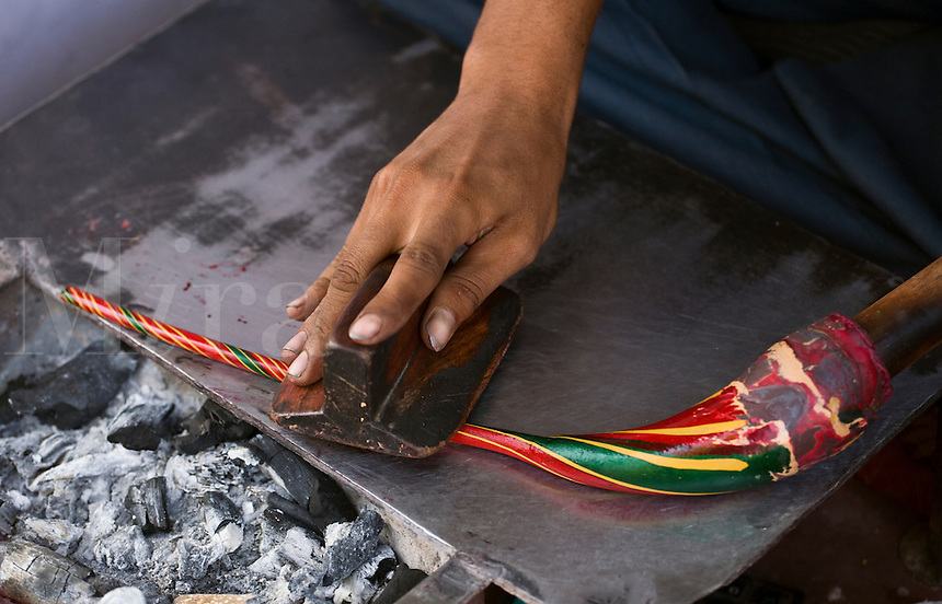 A CRAFTSMAN makes a traditional BRACELET from  RESIN - JODHPUR, RAJASTHAN, INDIA