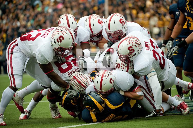 BERKELEY, CA - November 20, 2010: Team during the Big Game against Cal in Berkeley, California. Stanford won 48-14.