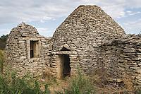 Europe/France/Languedoc-Roussillon/30/Gard / Saint-Quentin-la-Poterie: Capitelle qui servait autrefois d'abri aux bergers