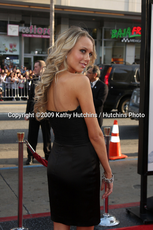 Melissa Ordway arriving at the 17 Again Premiere at Grauman's Chinese Theater in Los Angeles, CA on April 14, 2009.©2009 Kathy Hutchins / Hutchins Photo....                .