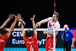 13.09.2019, Paleis 12, BrŸssel / Bruessel<br />Volleyball, Europameisterschaft, Belgien (BEL) vs. …sterreich / Oesterreich (AUT)<br /><br />Block / Doppelblock Simon van de Voorde (#10 BEL), Stijn D'hulst (#4 BEL) - Angriff Alexander Berger (#12 AUT)<br /><br />  Foto © nordphoto / Kurth