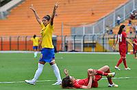 ATENÇÃO EDITOR FOTO EMBARGADA PARA VEÍCULOS INTERNACIONAIS - SAO PAULO, SP, 09 DE DEZEMBRO DE 2012 - TORNEIO INTERNACIONAL CIDADE DE SÃO PAULO - BRASIL x PORTUGAL: Cristiane (e) comemora primeiro gol do Brasil durante partida Brasil x Portugal, válido pelo Torneio Internacional Cidade de São Paulo de Futebol Feminino, realizado no estádio do Pacaembú em São PauloFOTO: LEVI BIANCO - BRAZIL PHOTO PRESS